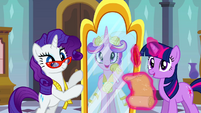 Princess Cadance looking in Rarity's mirror S2E26