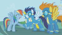 Rainbow Dash-Wonderbolts hoofshake S1E03