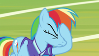 Rainbow Dash face-hoofs S8E17