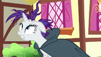 Rarity's ruined mane is exposed S7E19
