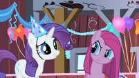 Rarity happy S01E25