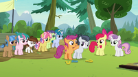 Scootaloo encouraging Rumble S7E21