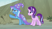 Trixie -that looks like it hurts- S7E17
