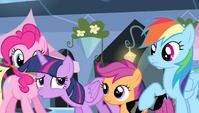 Twilight Sparkle -whew!- S4E24