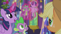 Twilight levitates Twilight and Spike dolls S5E20