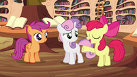 "Apple Bloom ""liftin' brooms'll be a cinch!"" S4E15"