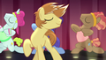 Feather Bangs flipping his mane as he sings S7E8.png