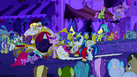 Princess Cadance getting into wedding wagon S2E26