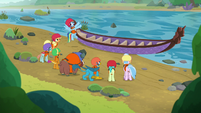 Rainbow showing her students a canoe S8E9