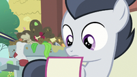 Rumble looking at the Crusaders' flyer S7E21