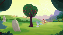 Apple tree restored to life S7E16