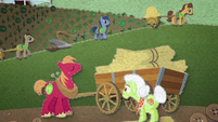 Big Mac, Granny, and Earth ponies farming BFHHS3