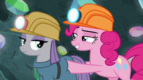 Pinkie pushes Maud toward the cave entrance S7E4