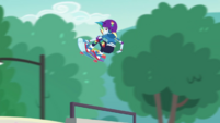 Rainbow Dash doing a midair 360 EGDS32