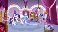 Rarity making Twilight's coronation gown S9E26