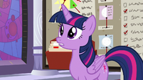 Twilight surprised at Rainbow Dash S9E17