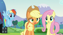 Applejack asks who Countess Coloratura is S5E24