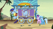 Hoo'Far emerges from smoke-filled wagon S8E19