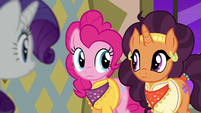 Pinkie and Saffron briefly look at each other S6E12