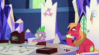 Spike and Big Mac sharing an inside joke S6E17