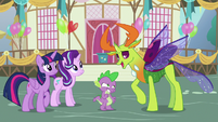 Thorax playfully punches Spike's arm S7E15