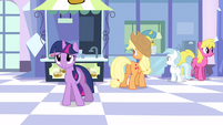 Twilight flower print S3E12