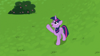 Twilight waving back at Spike S8E24