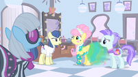 Fluttershy about to sneeze S1E20