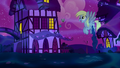 Giant Derpy flies after flying muffins S5E13.png