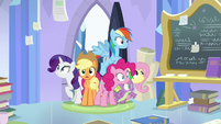 Main ponies burst into Twilight's room S9E25