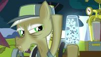 Pest pony opens twittermite container S5E04