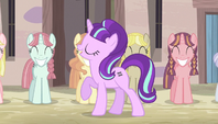 Starlight marches next to row of mares S5E1