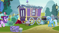 Trixie and Starlight packing Trixie's supplies S8E19