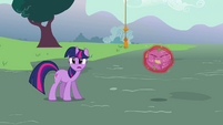 Twilight 'Trixie, put him down' S3E05