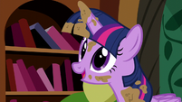 Twilight -I'd better see if Pinkie Pie needs help- S5E3