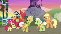 """Apple Bloom """"somethin' to remember them by"""" S7E13"""