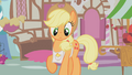 Applejack trying to sell apples S1E12.png