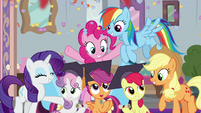 Main ponies congratulating the Crusaders S8E12
