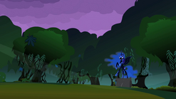 Princess Luna scares the foals S2E04