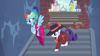 RD and Rarity enter underground tunnels S9E4
