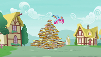 Rainbow saves Pinkie from the pie pyramid S7E23