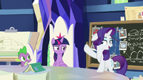 "Rarity ""allow me to demonstrate"" S9E4"