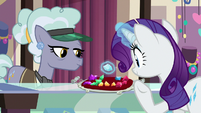 Rarity picking a light blue gem S9E19