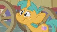 S01E06 Snails uśmiecha się do Trixie
