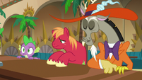 Spike, Mac, and Discord appear in jazz club S8E10