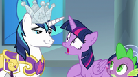 "Twilight ""break into Celestia's castle?"" S9E4"