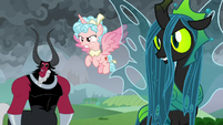 Villains see ponies charging at them S9E25