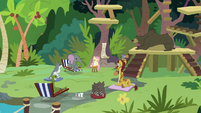 Animals applaud for Fluttershy and Angel S9E18