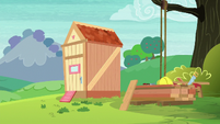 Apple shed and construction materials S8E9