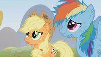 Applejack is sowy S01E13